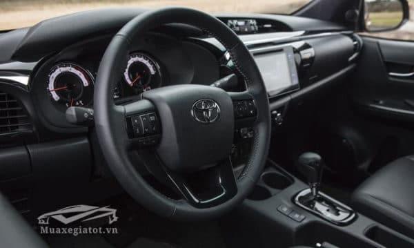 Toyota Hilux 2018 Muaxegiatot vn 3 600x359 - Đánh giá xe bán tải Toyota Hilux 2021 : Kiên trì bám đuổi Top đầu - Muaxegiatot.vn