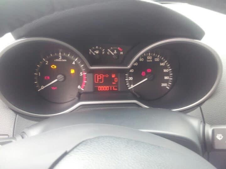 bt 50 3 2l at 4wd interior 4 muaxegiatot vn - Chi tiết xe Mazda BT-50 3.2L AT 4WD (Hai cầu, số tự động, phiên bản cao cấp) - Muaxegiatot.vn