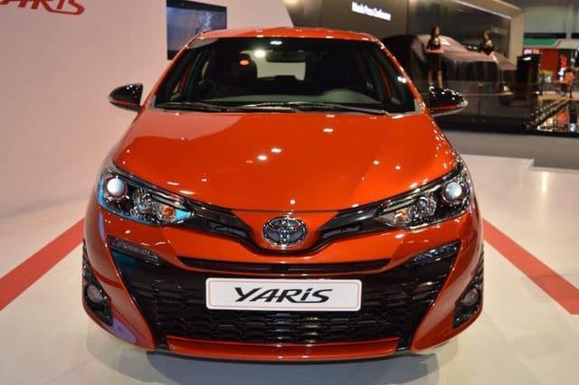ánh giá nhanh Toyota Yaris 2019 ảnh 1 - Toyota Yaris 2020 nhập Thái có gì mới? - Muaxegiatot.vn