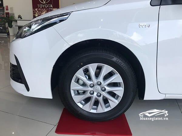 toyota altis e cvt 2018 2019 muaxegiatot vn 9 copy - Toyota Altis 1.8E CVT 2020 giá bán kèm khuyến mãi #1 - Muaxegiatot.vn