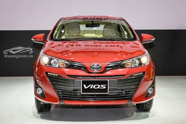 dau xe xe toyota vios 2018 muaxegiatot vn 1 - So sánh Ford Fiesta sedan và Toyota Vios 2020 mới - Muaxegiatot.vn