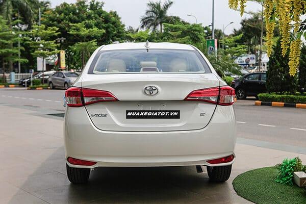 Toyota Vios E MT 2019 số sàn (Đuôi xe)