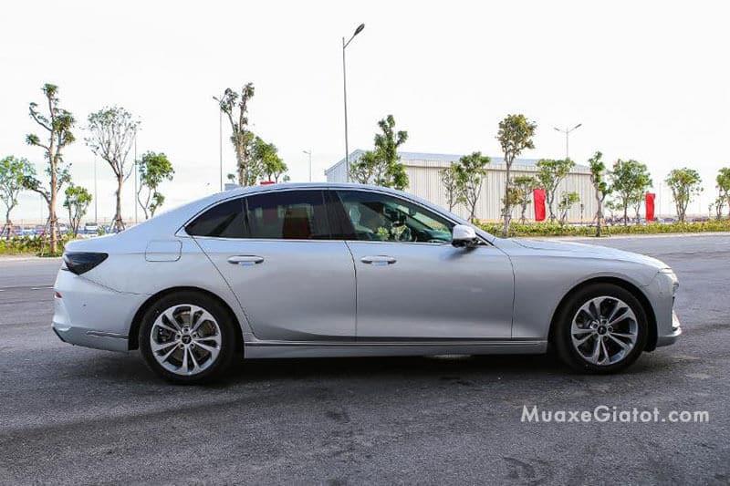 than xe vinfast lux a20 sedan 2020 ban thuong mai Xetot com 1 - Đánh giá xe Vinfast Lux A2.0 sedan 2021, Xe Việt hồn Đức - Muaxegiatot.vn